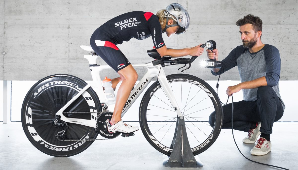 KISKA modeller uses handheld 3D scanner to scan Airstreeem bicycle and rider for improved aerodynamics and ergonomics