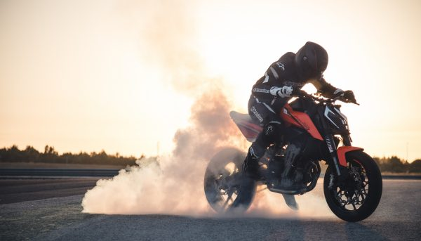 Rider doing a burnout on KTM 790 Duke video shoot and photo shoot